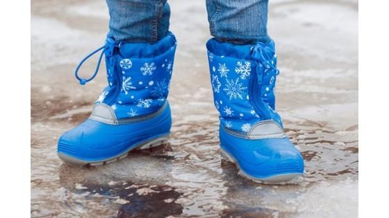 Как правильно выбрать зимнюю обувь ребенку по размеру ноги