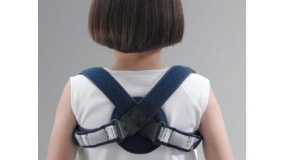 Основные методы профилактики и признаки сколиоза у детей