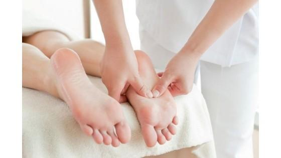 Лечение плоскостопия у детей массажем